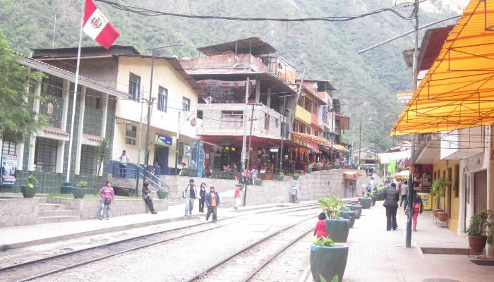 aguas-calientes-vilcabamba-trek