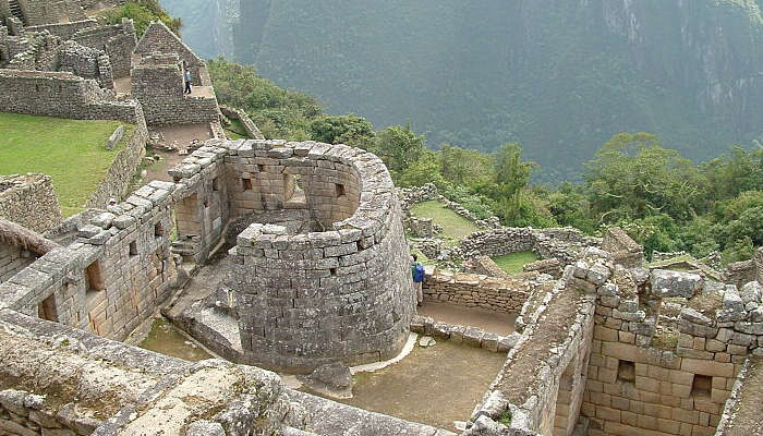 the-temple-of-the-sun-machu-picchu