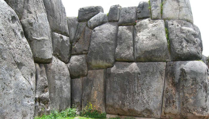 Saqsaywaman ruins, the image shows the classic Inca architectural style of rock on rock without mortar, known as ashlar
