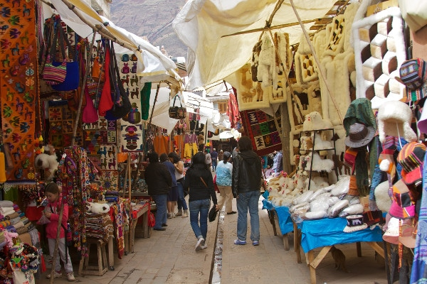 Sacred-Valley-of-the-Incas-01