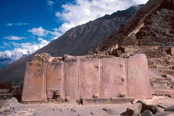 Sacred-Valley-of-the-Incas-04