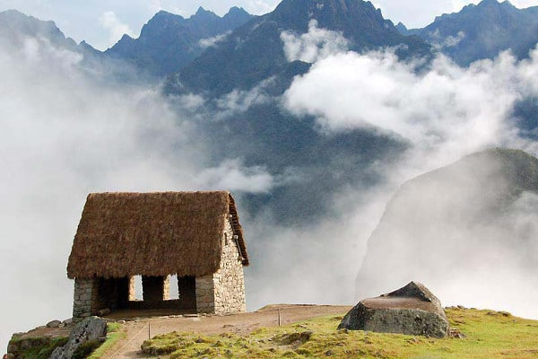 things-to-do-in-machu-picchu-Watchmans-Hut