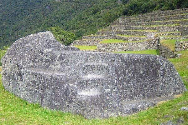 things-to-do-in-machu-picchu-funerary