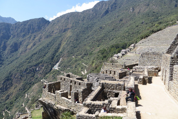 things-to-do-in-machu-picchu-industrial